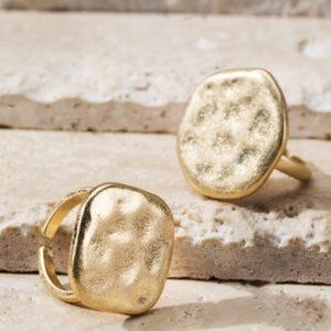 Jewelry - THROUGH GENERATIONS HAMMERED GOLD RING-SQUARE
